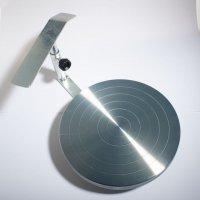 une tournette haute de table avec repose-bras, pour une rotation exceptionnelle